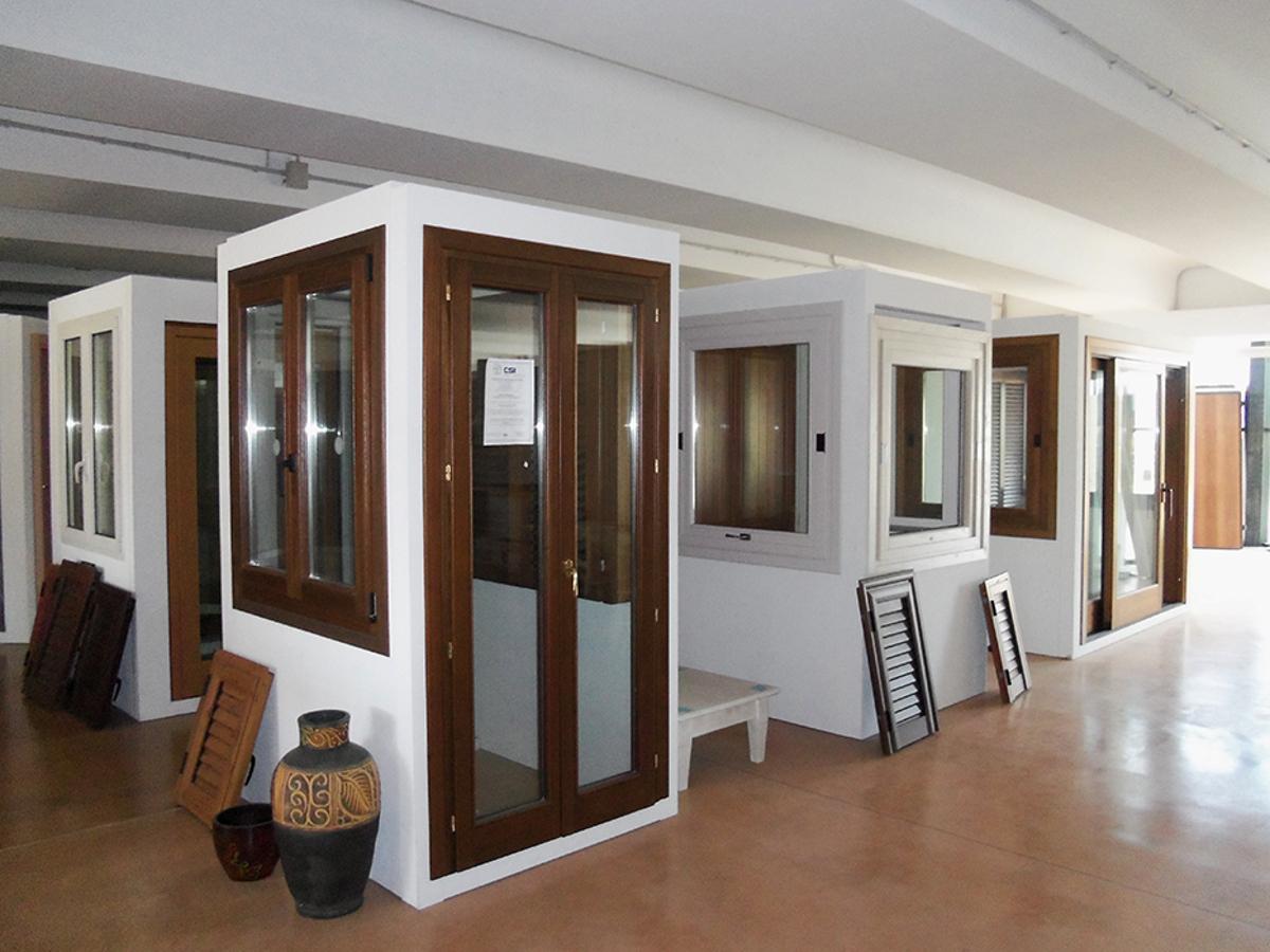Mobili sardi classici e moderni olbia costa smeralda - Mobili classici moderni ...