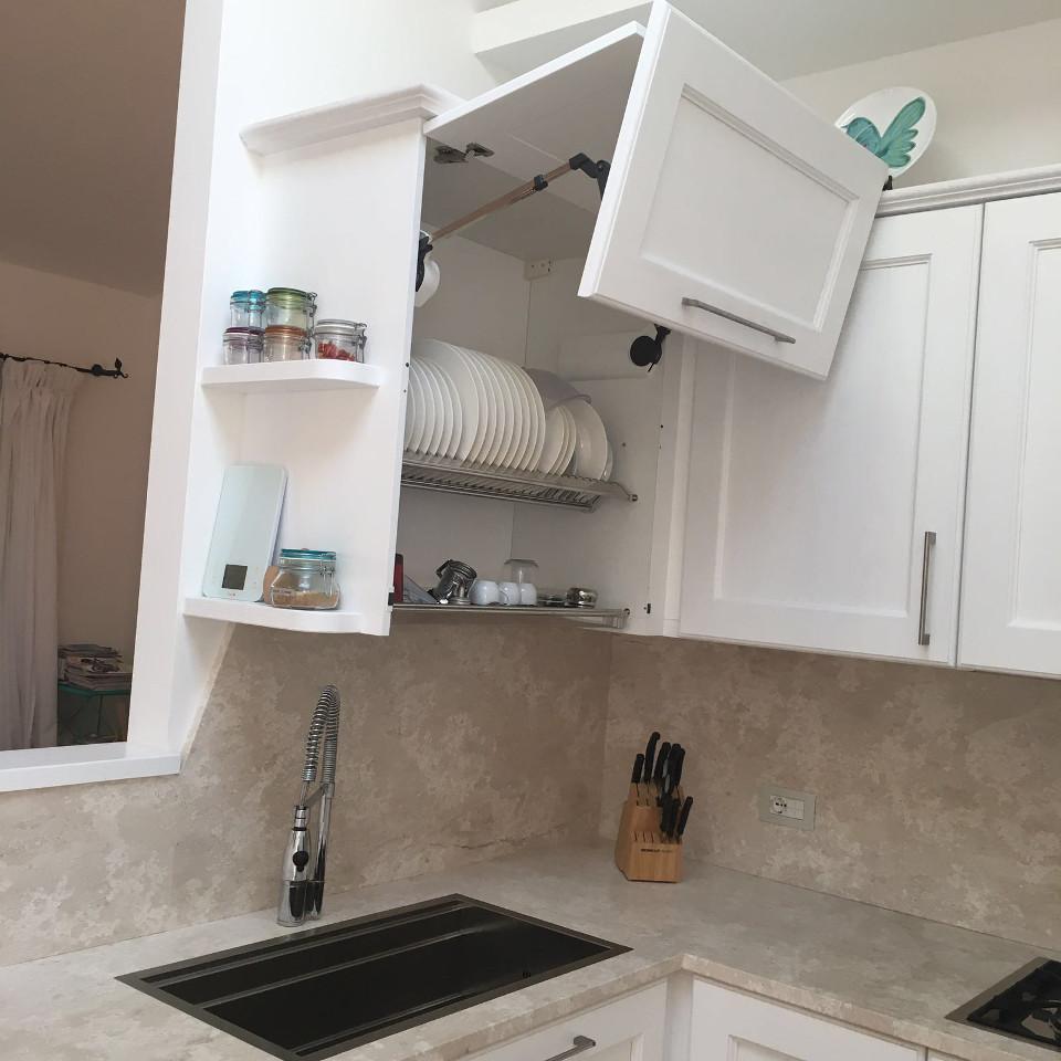 cucina laccata in legno