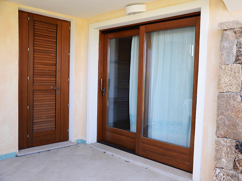 porta e finestra scorrevole in legno