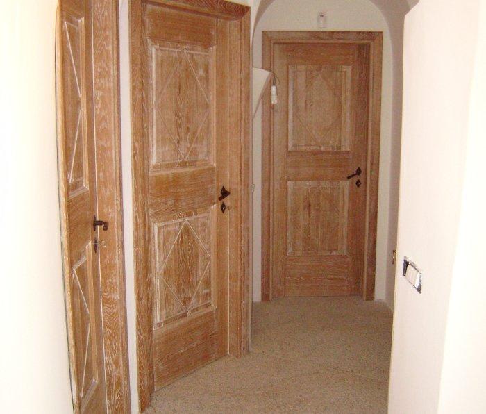 porte artigianali in legno olbia